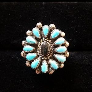 Jewelry - Turquoise and onyx cluster ring size 9.5